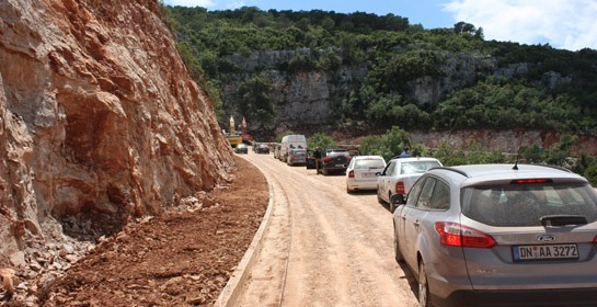 Sucuraj-i útjavítás Hvar szigeten